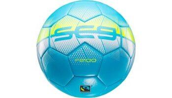 Schysst fotboll