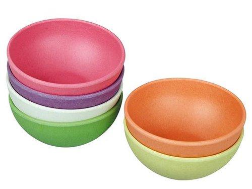 6 stycken serveringsskålar i olika färger
